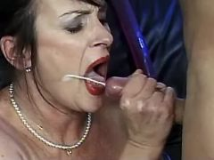 Shabby granny gets dildofuck and cumload in mouth
