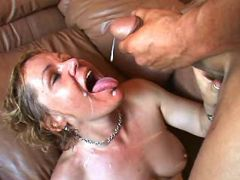 Mature gets lavish cumload in mouth after hot fuck