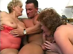 Lusty old ladies have fun with guys in groupsex