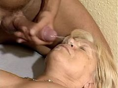 Chubby granny gets cumload on face in hospital